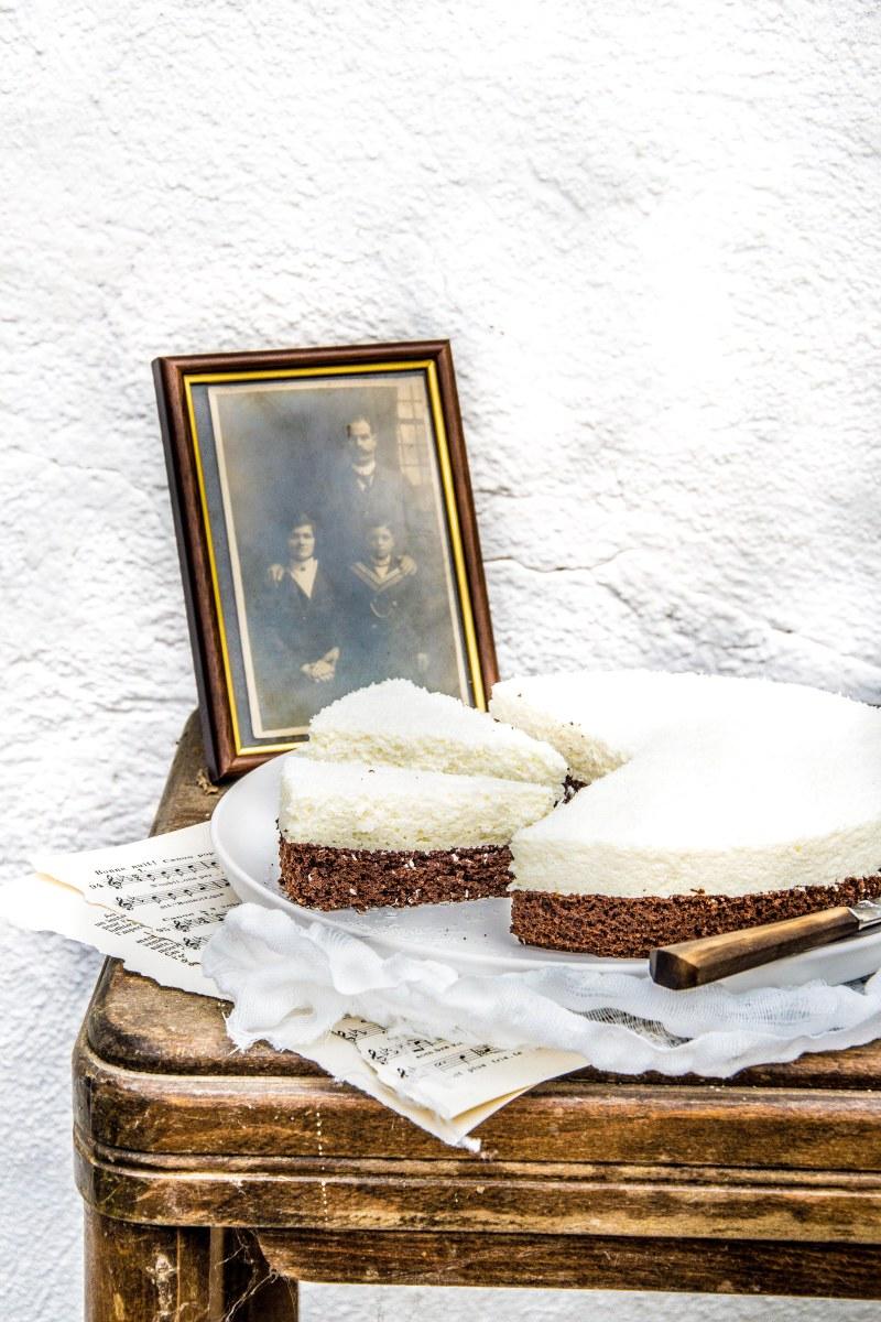 Gâteau nuage de chocolat et de noix de coco (sans gluten)